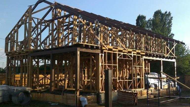 Проектирование, изготовление и монтаж быстросборных домов, крыш и мансардных этажей